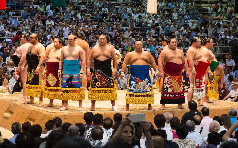 Sumo-Wrestlers-Japan
